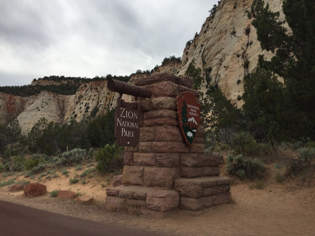 Zion National Park East Entrance | Photo: Tom Tash/Chimani