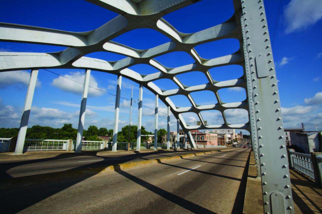 SelmaCivilRightsEdmundPettusBridgeArchitecturalShot